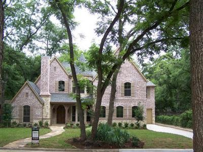 Custom Home For Sale in Dallas' Lakewood area!