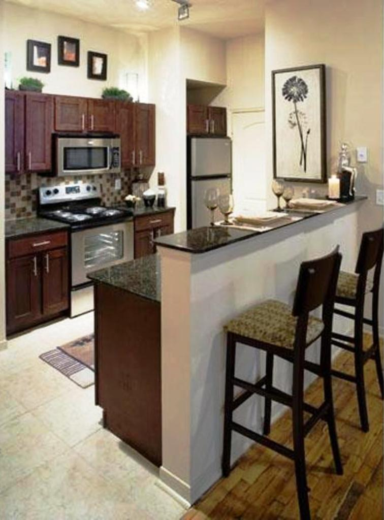 Uptown Dallas Apartments - Location, Amenities, Lifestyle!