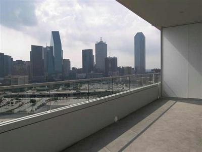 High Rise Condo Living In Dallas -